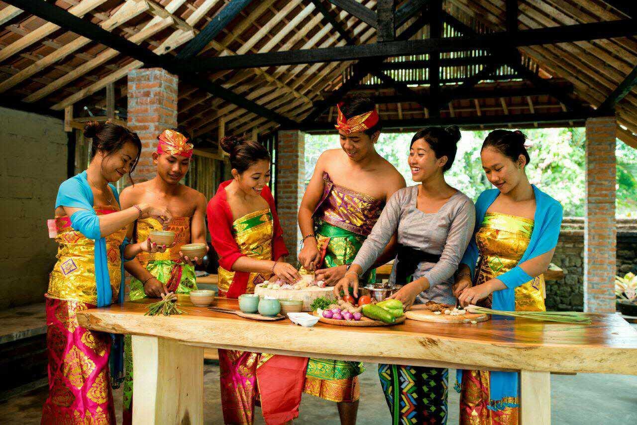 [峇里島]在最古老的皇宮裡與皇室家族一起做菜