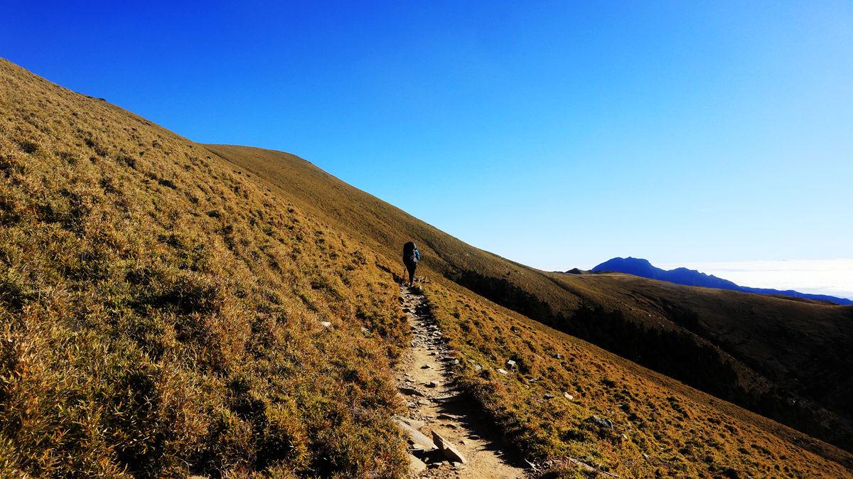 南二段『一路靠北』 : 輪迴在不斷的陡上陡下