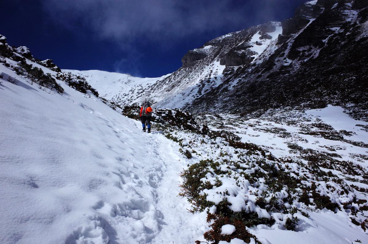 雪山主峰,白色之戀,忘了帶煉乳的雪山圈谷