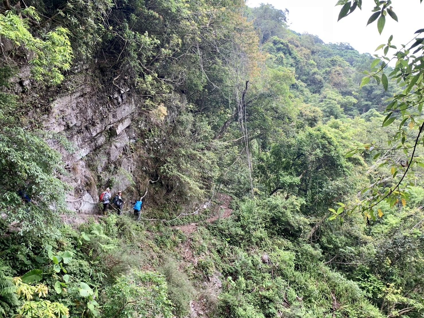 福巴越嶺古道,17公里的情字這條路。