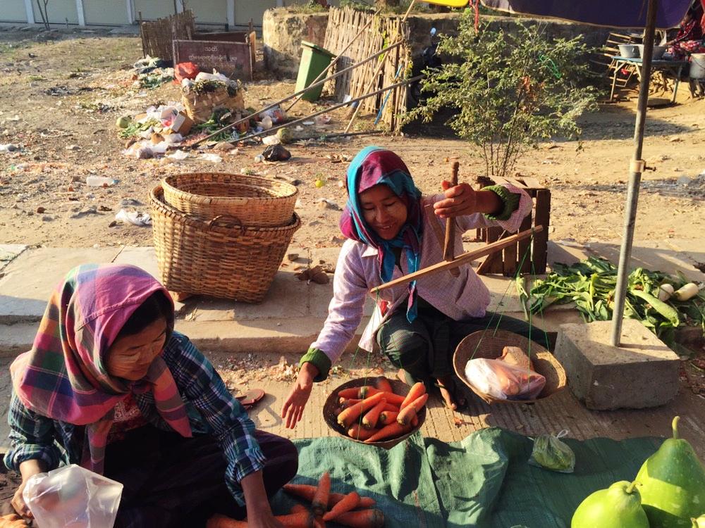 拜託不要只去浦甘看佛塔,學做緬甸傳統料理,大推Pennywort無菜單料理烹飪課程。